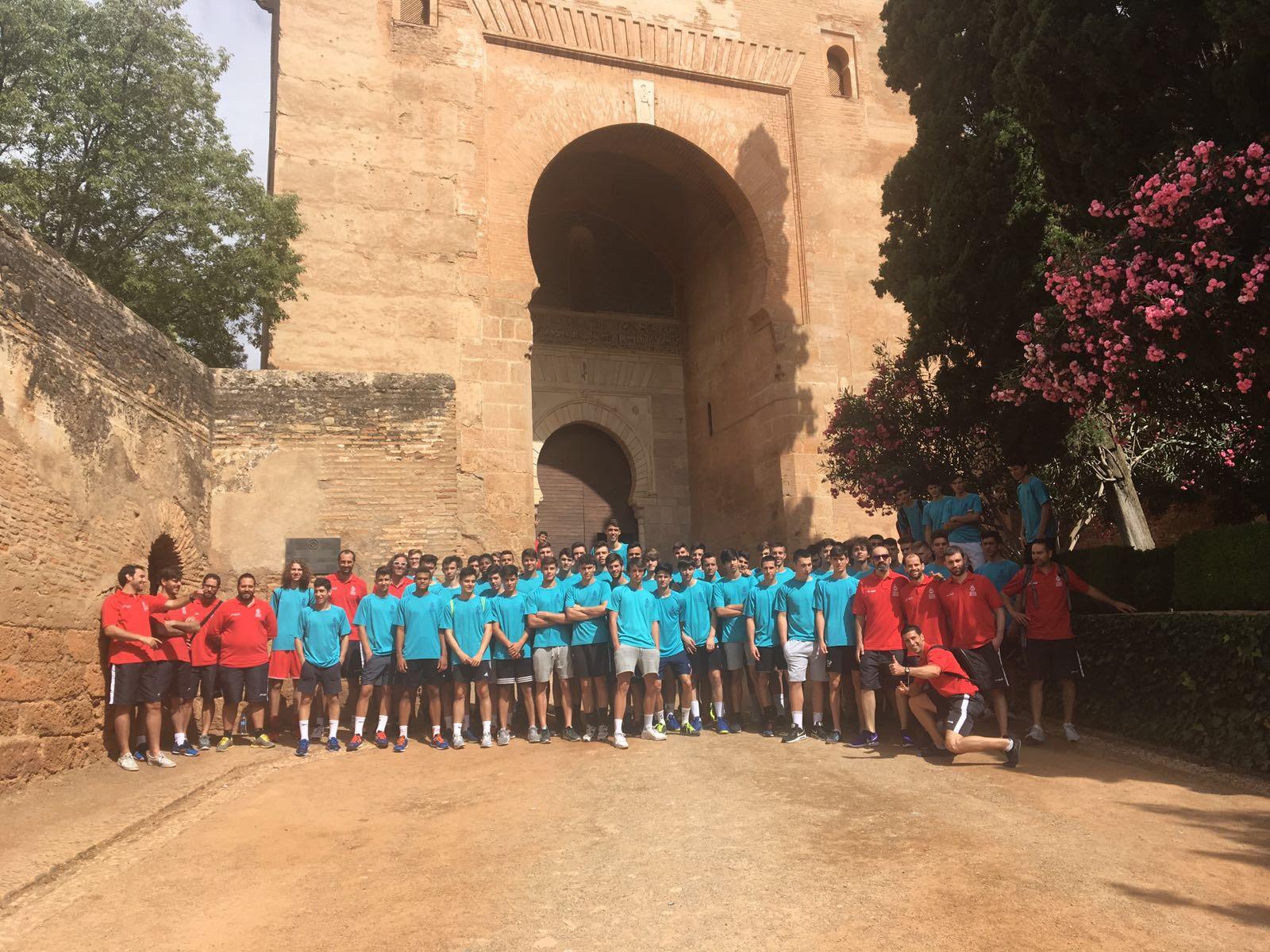 Visita a la Alhambra antes de reanudar la competición – Espacio ...